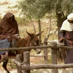 Maria reitet auf dem Esel