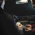 Drogendealer im Auto